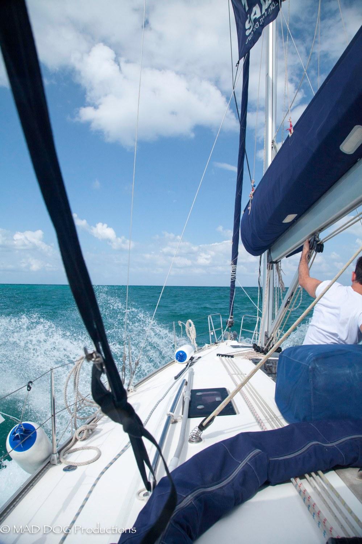 Sailing 2-4665