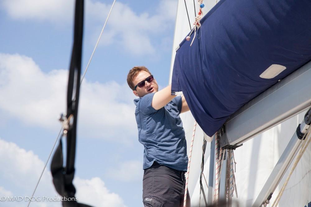 Sailing 2-4678