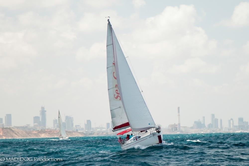 Sailing 2-4751
